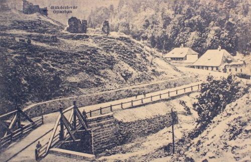 Ojtoz:Rákóczi vár a sorosban.1912