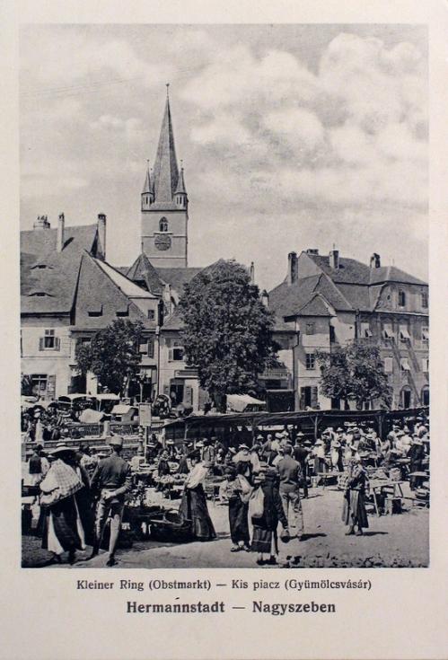 Nagyszeben:Kis tér,gyümölcs piac.1912
