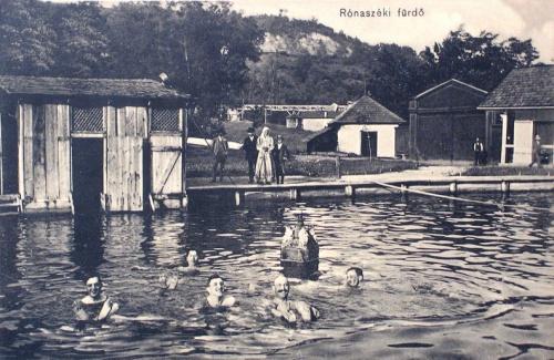 Rónaszék:fürdőzők.1916