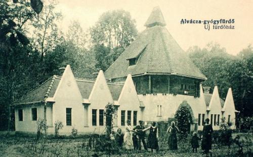 Alvácza-gyógyfürdő:új fürdőház.1918
