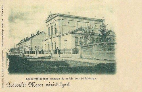 Marosvásárhely:SzékelyföldiIpar Múzeum és Honvéd Laktanya.1902