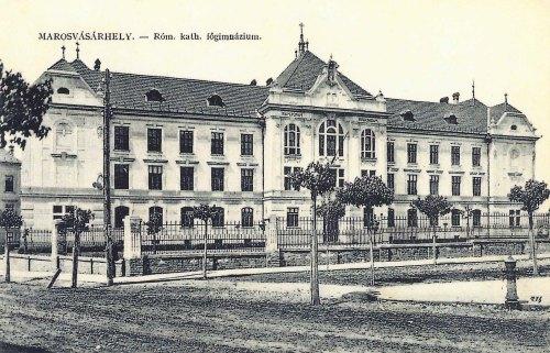 Marosvásárhely:katolikus főgimnázium.1911