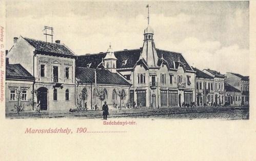 Marosvásárhely:Széchenyi tér a régi evangélikus templommal.1900