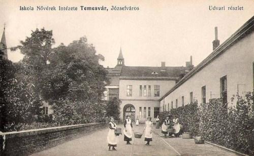 Temesvár:Iskola nővérek intézete,udvar.1911
