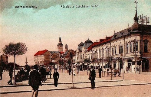 Marosvásárhely:Széchenyi tér,jobbra a korzó kávéház.1912