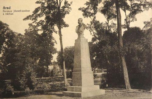 Arad:Ferencz József király szobra a várban.1910