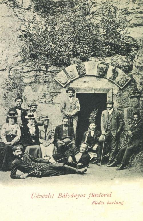 Bálványos:Büdös-barlang bejárata,1901.