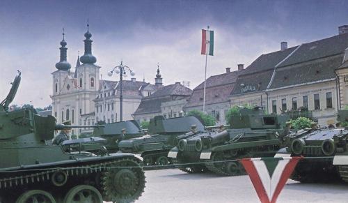 Marosvásárhely:balra a katolikus templom.1940 szeptember 10.