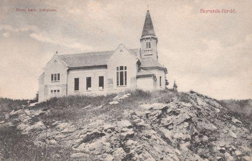 Borszék:új katolikus temlom még ablakok nélkül,1910-ben készült el.1909