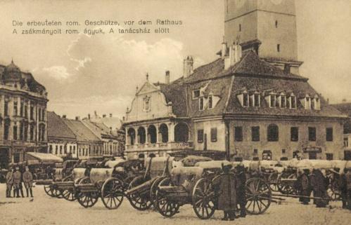 Brassó:zsákmányolt román ágyúk a tanácsháza(városháza) előtt,1916.