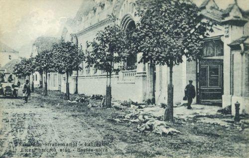 Brassó:Hosszú utca az utcai harcok után a román katonák holttesteivel.1916