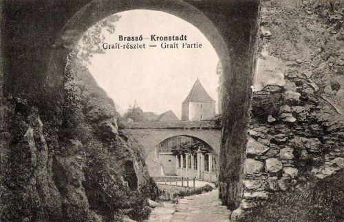 Brassó:árkádok alatti sétány.1915
