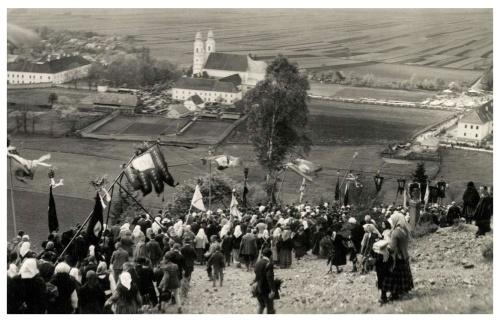 Csiksomlyó:búcsú menet hazafelé,1941.