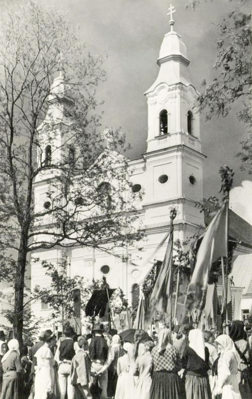 Csiksomlyó:búcsú a kegytemplomnál,1942.