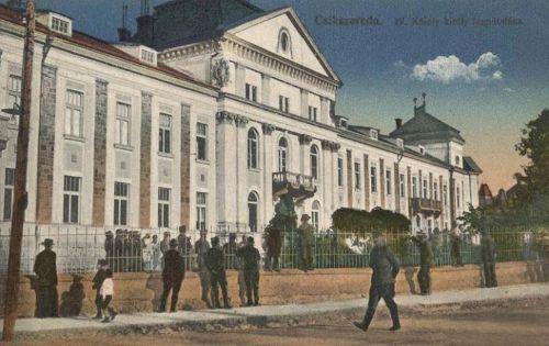 Csikszereda:IV Károly király fogadtatása a Vármegyeházánál.1917