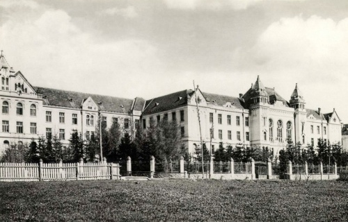 Csikszereda:római katolikus gimnázium,1942