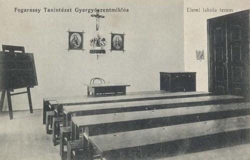 Gyergyószentmiklós,Fogarassy tanintézet,terem 1911