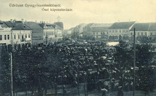 Gyergyószentmiklós:őszi káposzta vásár a főtéren,1914.