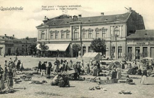 Gyulafehérvár:napi piac és Hungária szálloda,1907.