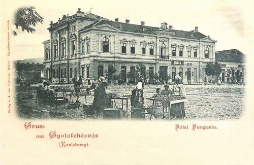 Gyulafehérvár:Hungária szálloda és piac tér.1899