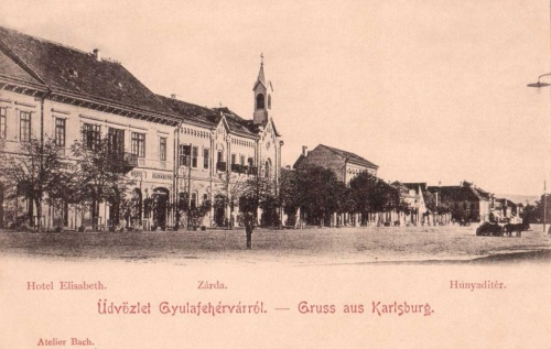 Gyulafehérvár:Hunyadi tér,Erzsébet Hotel és zárda.1900
