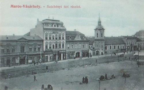 Széchenyi tér a ferencesek templomával.1907