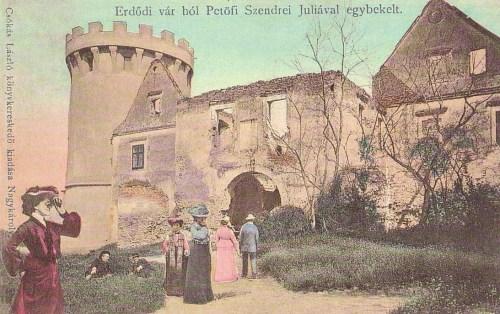Erdőd:vár ahol Petőfi Sándor Szendrei Júliával egybekelt.1903