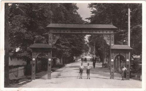 Borszék,Székelykapú 1942