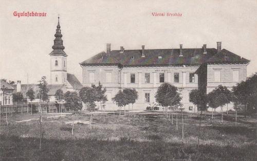 Gyulafehérvár:városi árvaház.1909