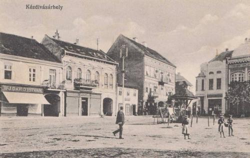 Kézdivásárhely:főtéri részlet.1915