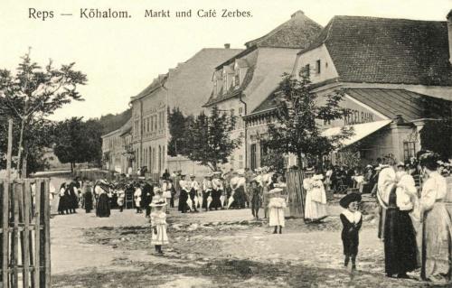 Kőhalom:kávézó a piac-téren,1911.
