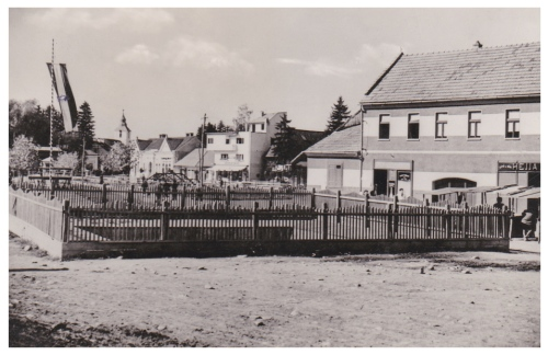 Kovászna:országzászló.1943