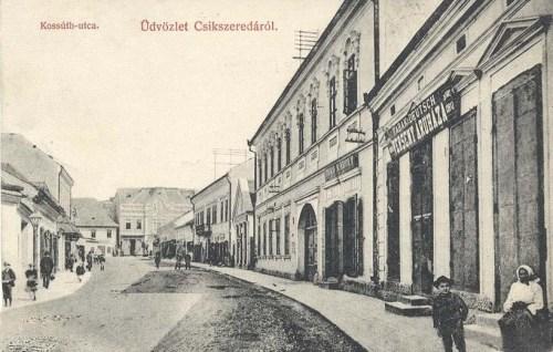 Csikszereda:Kossuth Lajos utca üzletekkel.1909