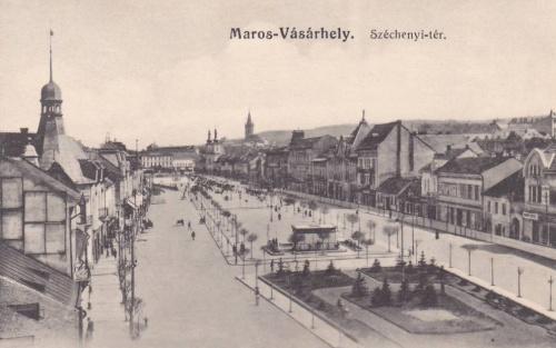 jobbra a parkba tervezték a Széchenyi szobrot.1916