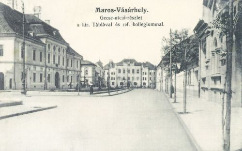 Dr.Gecse Dániel utca,balra a Törvényszék,jobbra a Teleki könyvtár.1915