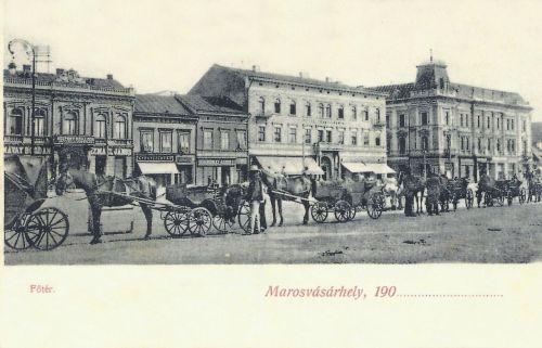 Marosvásárhely:Széchenyi tér fiákerekkel.1905
