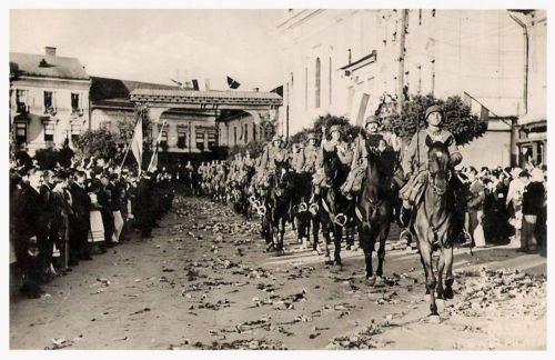 Marosvásárhely:magyar honvédek bevonulása.1940 szeptember 10.
