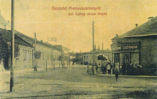 Marosvásárhely:Szent György utca,balra a Rákóczi lépcső,jobbra a .1908