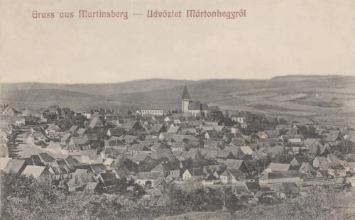 Mártonhegy:látkép a templommal.1914