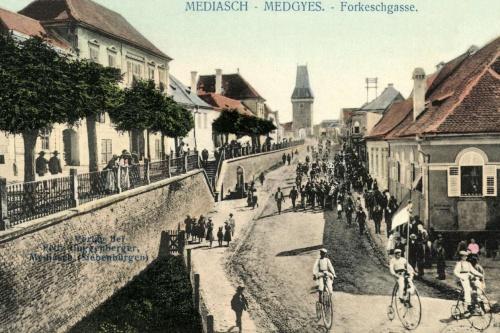 Medgyes:kerékpár verseny,1898-ban.