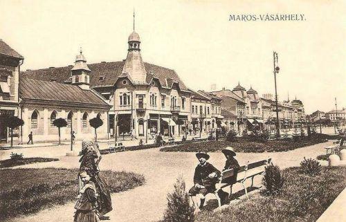 Marosvásárhely:evangélikus templom és Agrár bank.1912