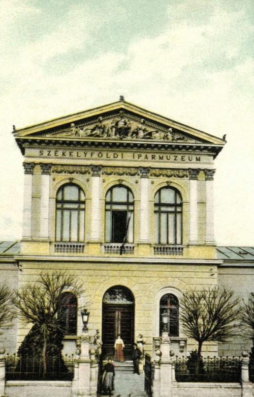 Székelyföldi Iparmúzeum a Baross Gábor utcában,1905.