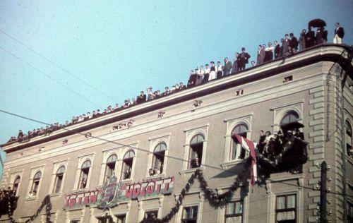 Marosvásárhely:Transilvania szálló tetején.1940 szeptember.10