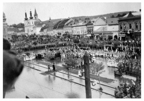 Marosvásárhely:honvédek bevonulása.1940