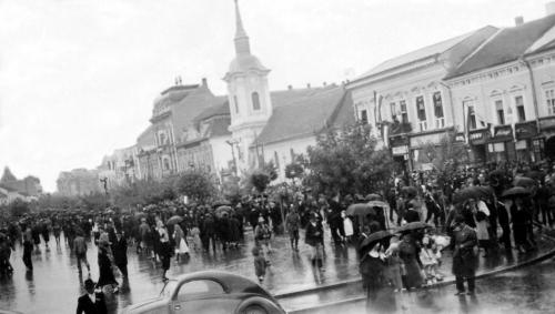 Horthy Miklós kormányzó látogatása után,1940 szeptember 16.