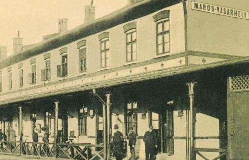 Marosvásárhely:vasútállomás,1907.