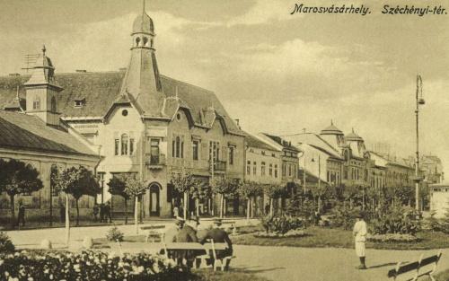 Széchenyi-tér:evangélikus templom és Agrár Takarékpénztár Rt.1916.