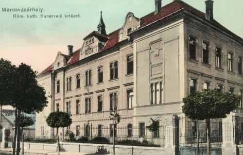 Római Katolikus Fiúnevelő Intézet a Klastrom utcában,1912.