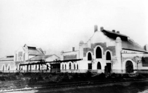 Marosvásárhely:Kós Károly tervezte gázgyár épületei,1910 körül.