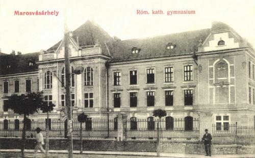 Marosvásárhely:Római Katolikus Gimnázium,1907-ben.
